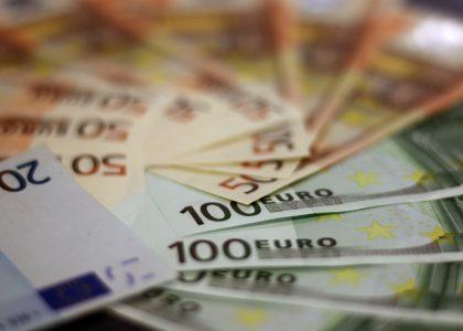 Stapel_briefgeld
